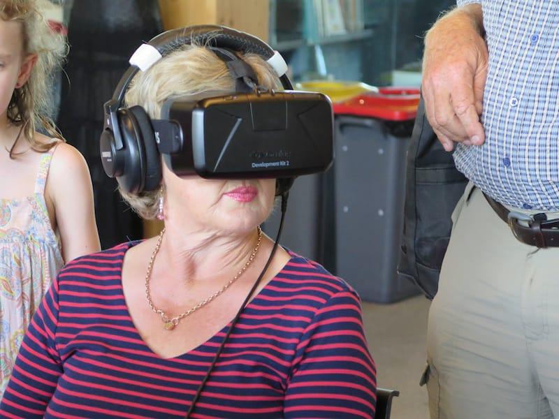 Demonstrating Virtual Reality technology